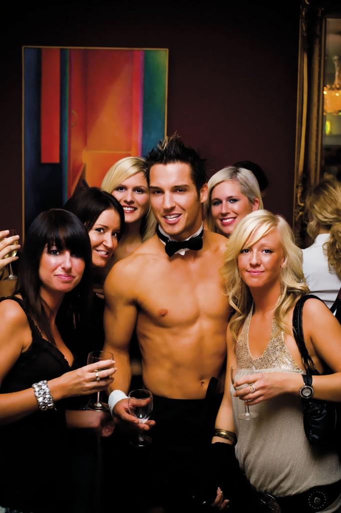 Girls male stripper